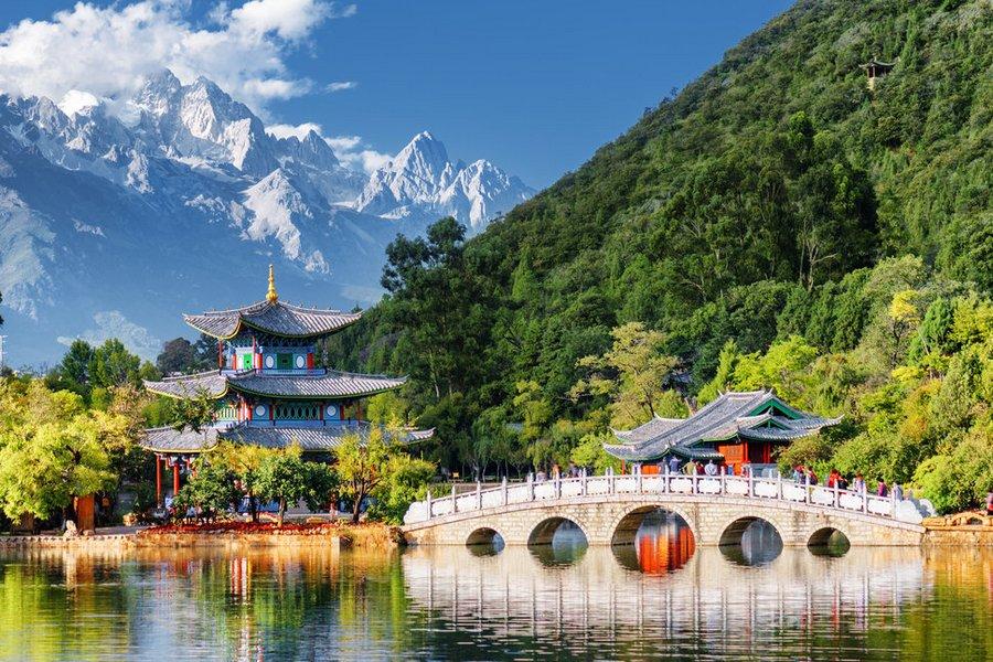 Cong vien Hac Long Dam