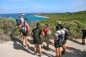 6 cách kết bạn khi đi du lịch Úc tự túc